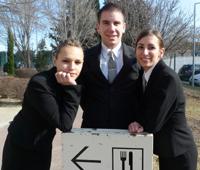 Chloë, Thomas et Elsa, apprentis en BP restauration au CFA d'Aix