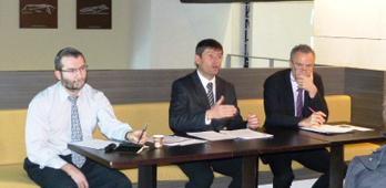 De gauche à droite : Jean-Philippe de Plazaola, chef de projet INSEE, Renan Duthion, directeur régional et Pierre Meffre (président du CRT PACA)