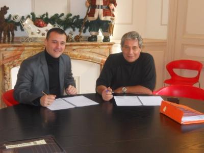tables auberges de france signe un partenariat avec ambassade cabinet conseil. Black Bedroom Furniture Sets. Home Design Ideas