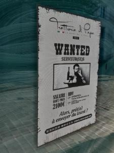 Faute de salariés, un restaurateur orléanais recrute en menant une campagne d'affichage sauvage...
