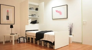 lit armoire electrique table de lit a roulettes. Black Bedroom Furniture Sets. Home Design Ideas
