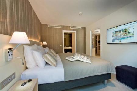 ag d co meubles h tels cr ateur et fabricant pour l 39 h tellerie. Black Bedroom Furniture Sets. Home Design Ideas