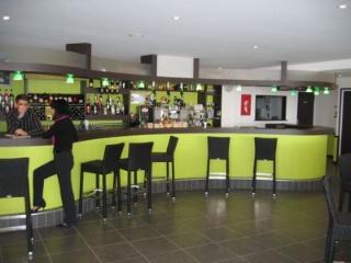 Dans le finist re baisse des prix des fonds de commerce bars bars tabac restaurants - Restaurant port de commerce brest ...