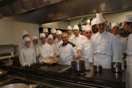 Leur cuisine c 39 est du b ton - Formation cuisine toulouse ...