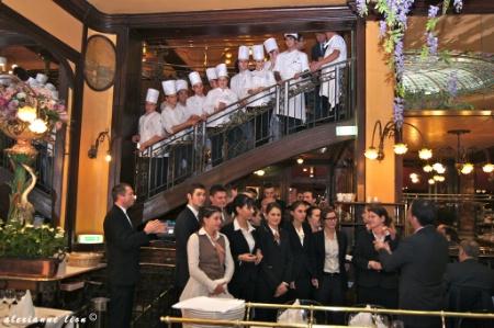 Les tudiants de l 39 institut paul bocuse aux commandes de - Cours de cuisine bocuse ...