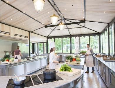 Michel gu rard lance son cole de cuisine de sant - Michel guerard cuisine minceur ...