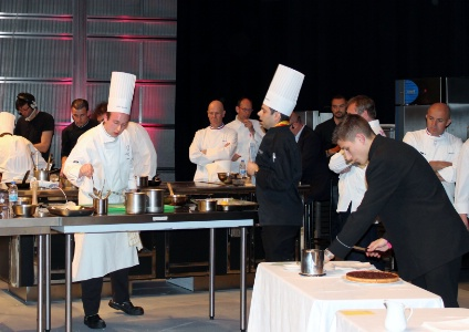 Les coles qualifi es pour la finale de cuisine en joute 2013 for Professeur de cuisine