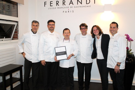 Ferrandi Sort Son Premier Livre Aux éditions Hachette Cuisine - Ecole de cuisine ferrandi paris restaurant