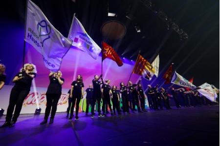 Les nouveaux lauréats des 45es Olympiades des métiers ont tous été appelé à monter sur scène
