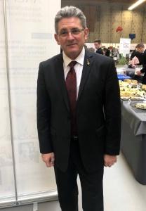 'Le secteur de l'hôtellerie et de la restauration fait figure de locomotive pour l'économie nationale', souligne Michel Lugnier.