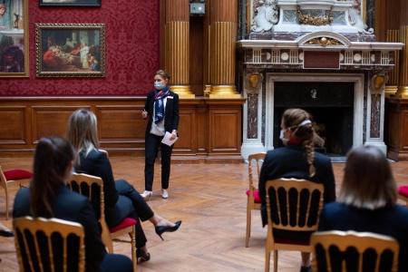 Rentrée Mémorable à Ferrières, Krumma Jonsdottir Directrice Adjointe accueille les étudiants en double diplôme MSc Skema – Ferrières.