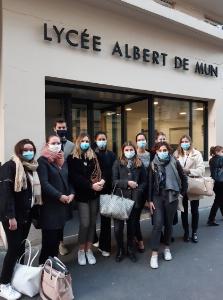 Au lycée Albert de Mun, à Paris (VIIe), tout est mis en oeuvre pour mobiliser les jeunes. Ici, une partie des étudiants de la licence pro EEHRL.