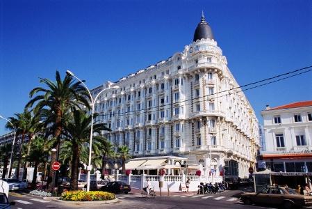 Le Carlton Intercontinental Cannes Ajourne Ses Travaux