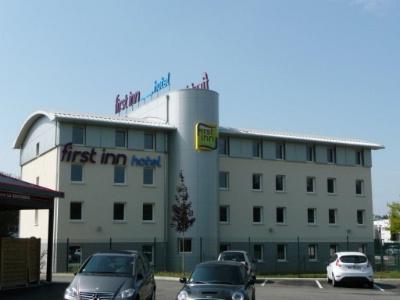 First inn hotel nouvelle marque conomique du groupe fousse for Hotel economique
