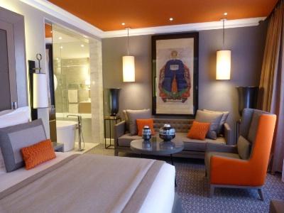 l 39 alchimy m lange histoire et esprit contemporain. Black Bedroom Furniture Sets. Home Design Ideas