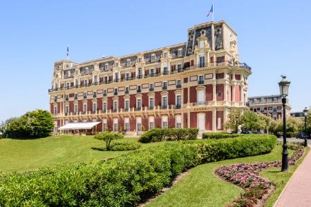 L 39 h tel du palais biarritz portera l 39 enseigne four seasons - Prix chambre hotel du palais biarritz ...