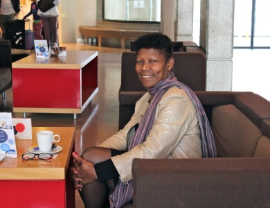 r ussite rose lakoussan ancienne femme de chambre devenue directrice de son h tel. Black Bedroom Furniture Sets. Home Design Ideas