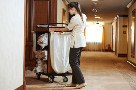 recherche emploi femme de chambre hotel paris