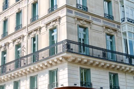 La Facade De Letablissement Fauchon Situe Place Madeleine