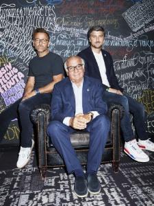 Les Trigano, père et fils, avec de gauche à droite : Benjamin, Serge et Jérémie Trigano.
