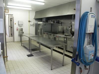 Fibrolab panneaux pour la mise aux normes alimentaires - Installation electrique cuisine ...
