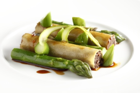 recette de chef chef cannelloni aux joues de boeuf brais es et asperges. Black Bedroom Furniture Sets. Home Design Ideas