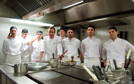 Patrice donnay chef de la brasserie le capoul for Cuisine tout equipe