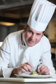 Michelin 2009 une super r compense dans la vie d un cuisinier for Cuisinier un bras