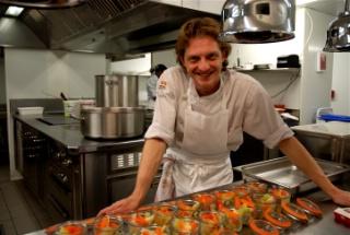 Cenon au rocher de palmer la cuisine se sert on ze rock for Chef de cuisine collective