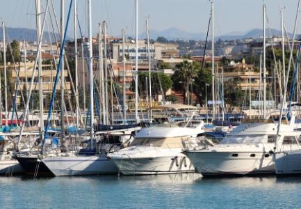 Avis de temp te pour les restaurants du port de saint - Restaurant port de saint laurent du var ...