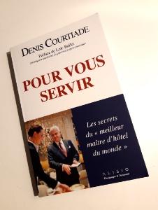 Un premier livre rédigé par Denis Courtiade sans avoir demandé le feu vert de la direction du Plaza Athénée, ni celui d