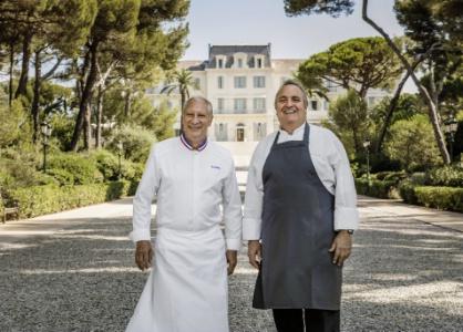 Les chefs Eric Frechon et Arnaud Poëtte au Cap-Eden-Roc.