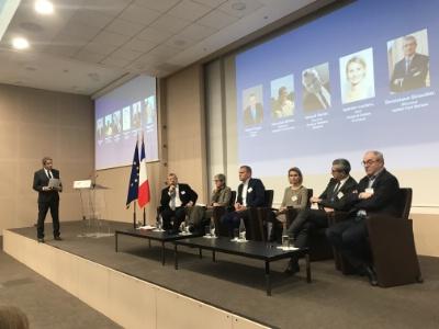 De g à d : Georges Rudas, Roland Héguy, Véronique Brizon, Arnaud Daniel, Isabelle Leclerc, Dominique Giraudier et Philippe Violier.